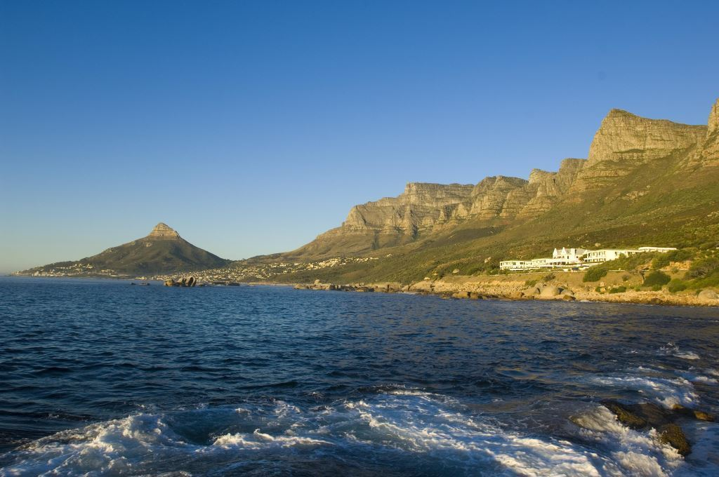 Twelve Apostles Hotel and Spa Location